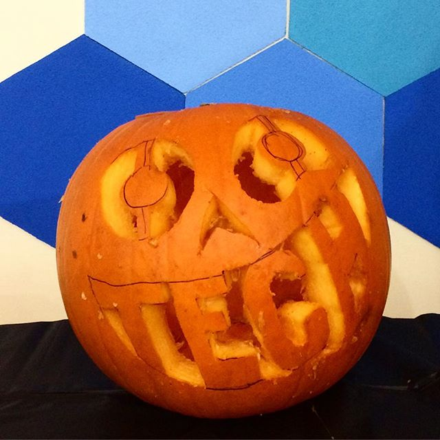 "Of course our Director of Product Design carves a ""tech"" pumpkin. 🎃 #AequilibriumLife #yvrjobs #mountpleasant"